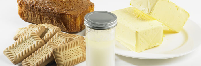 Enzymes as processing aids in bakery products
